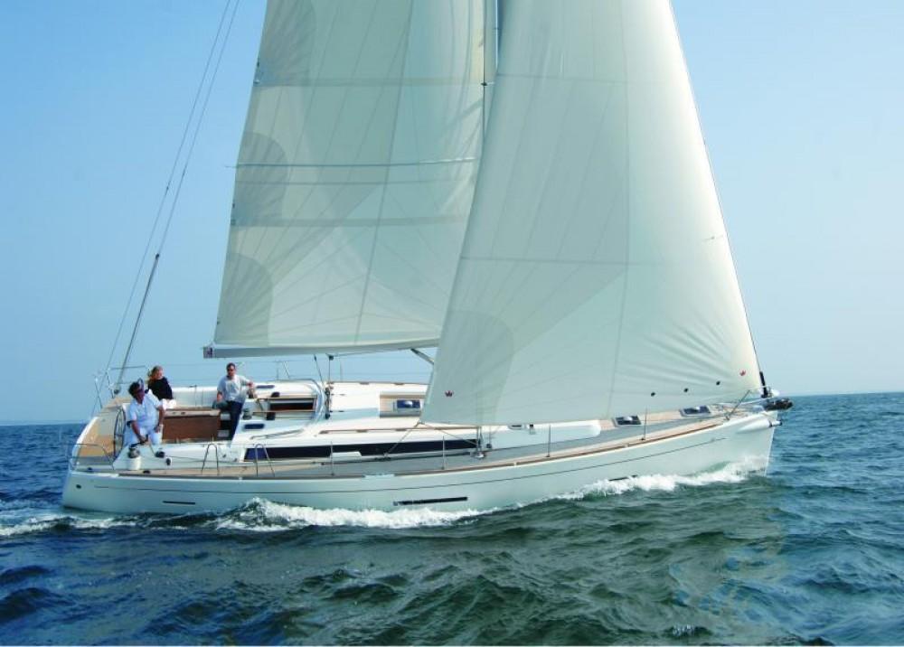 Rental Sailboat in Kalkara - Dufour Dufour 450 Grand Large