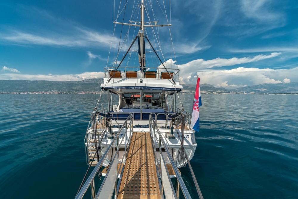 Rental Sailboat Fethiye-Shipyard with a permit