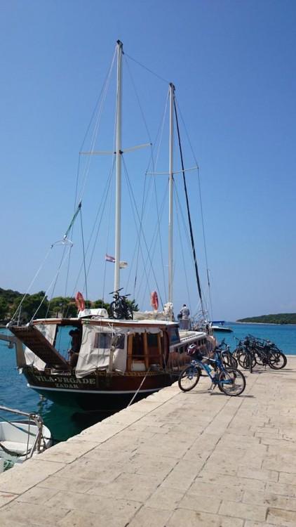 Boat rental  Vila Vrgade in Croatia on Samboat