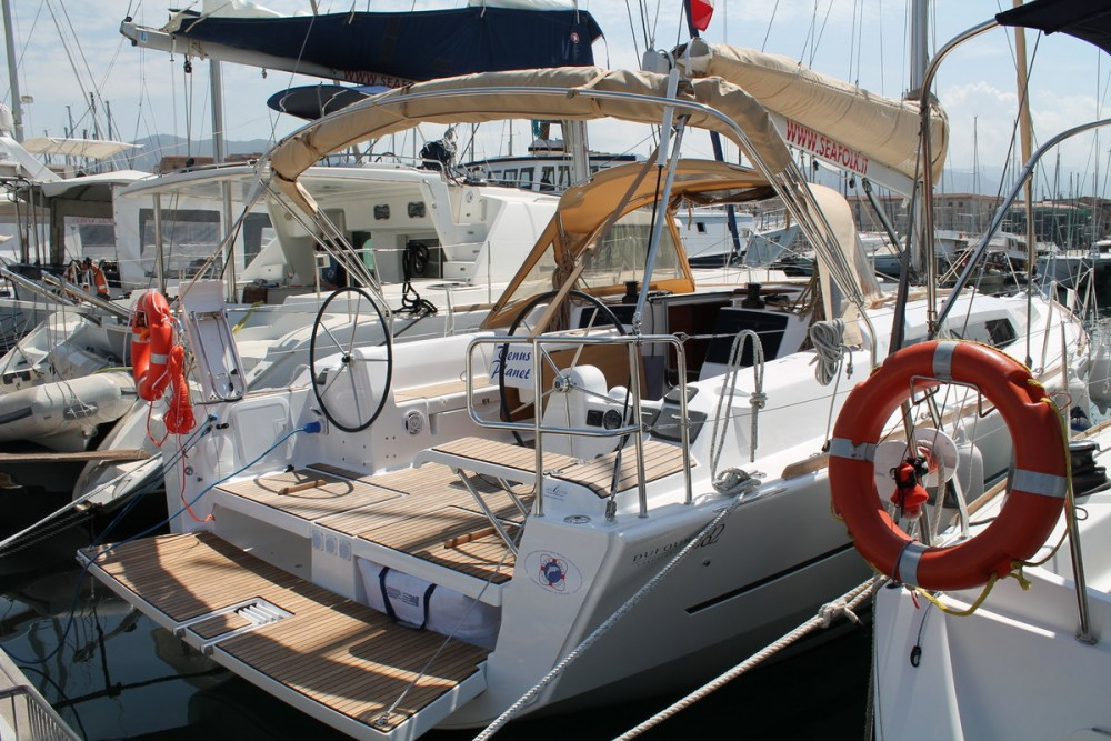 Boat rental Dufour Dufour 382 Grand Large in Marsala on Samboat