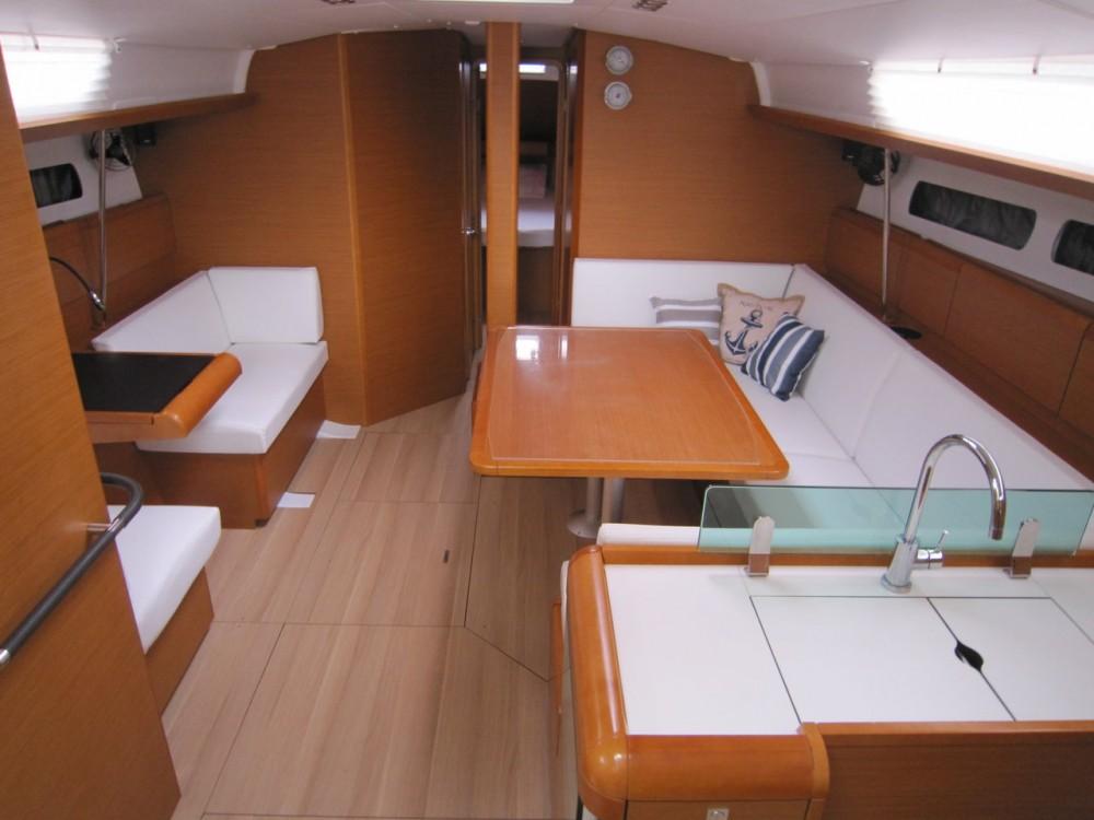 Boat rental Peloponnese cheap Sun Odyssey 449