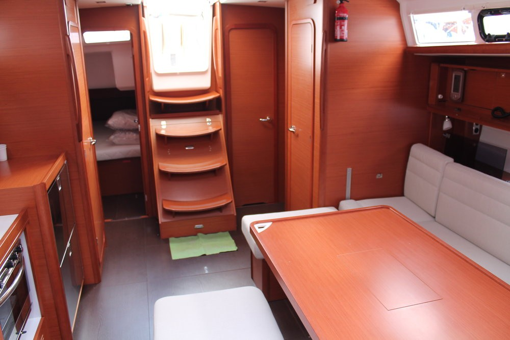 Rental Sailboat in Palermo - Dufour Dufour 460 Grand Large