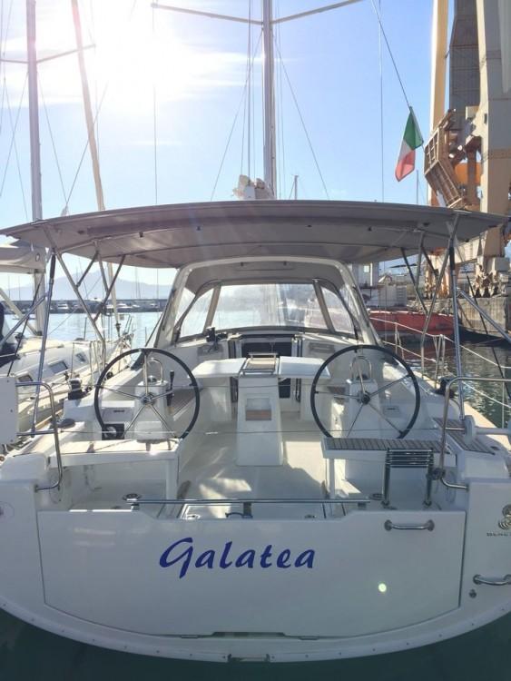 Rent a Bénéteau Oceanis 38.1 Palermo