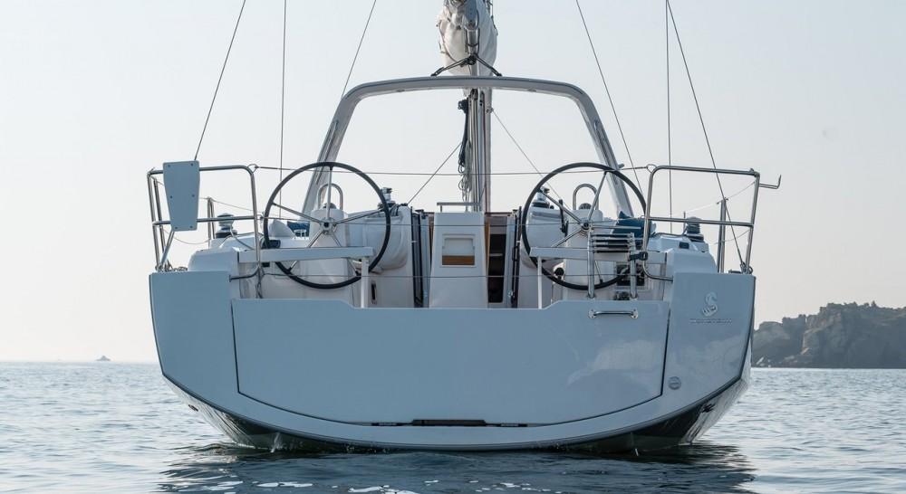 Boat rental Palermo cheap Oceanis 38.1