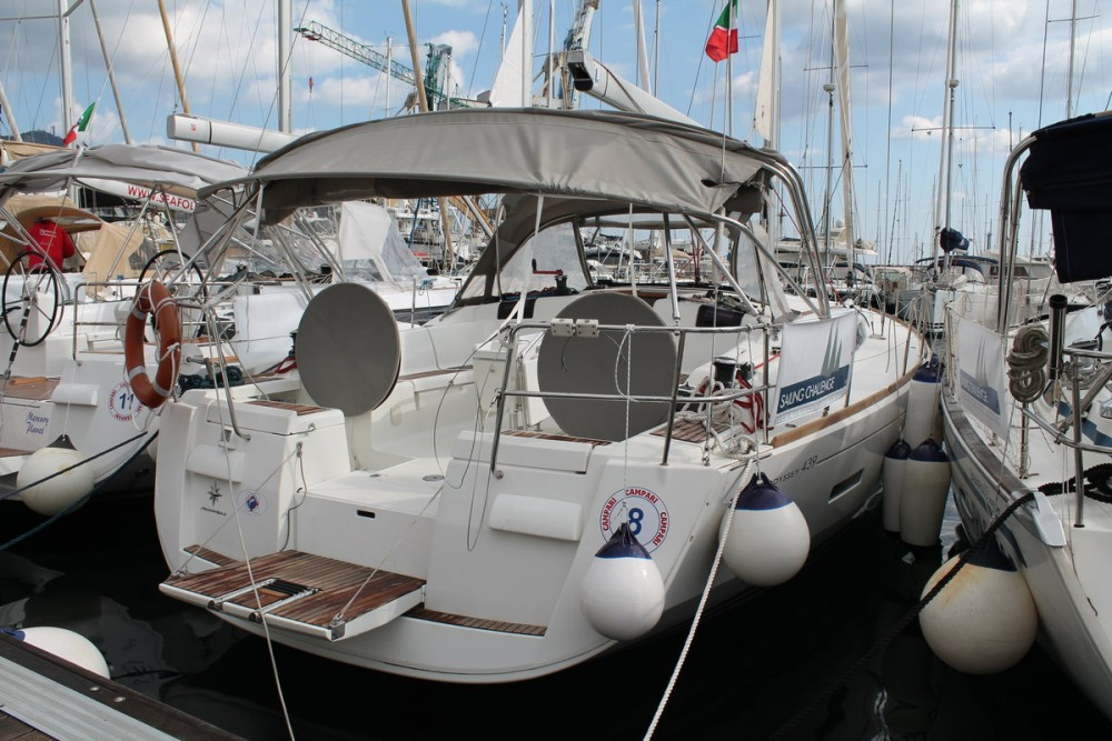 Hire Sailboat with or without skipper Jeanneau Furnari