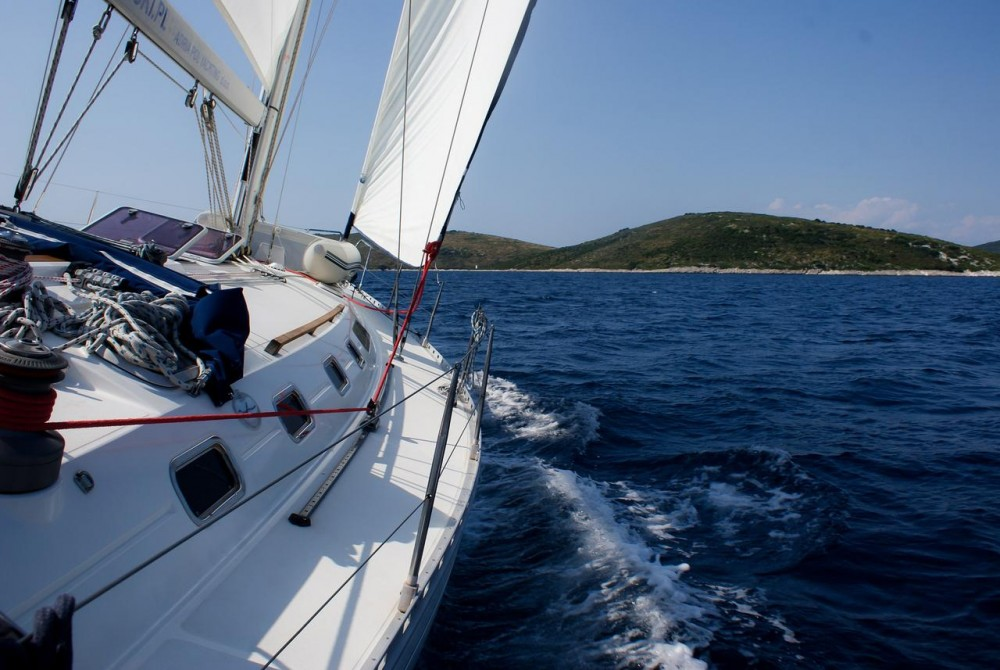 Hire Sailboat with or without skipper Dufour Grad Zadar