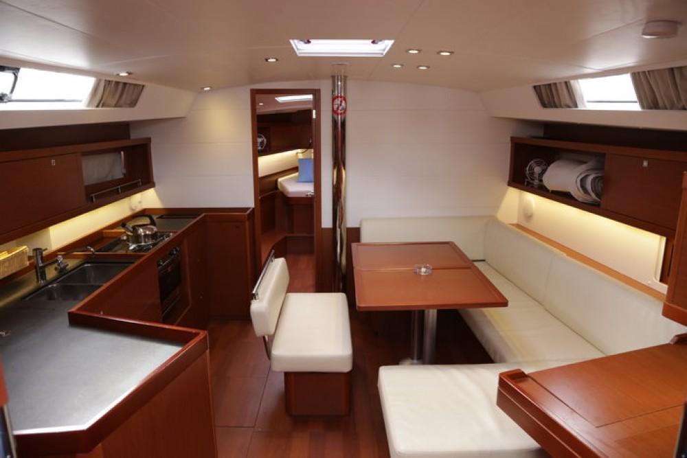 Rental Sailboat in Göcek - Bénéteau Oceanis 45