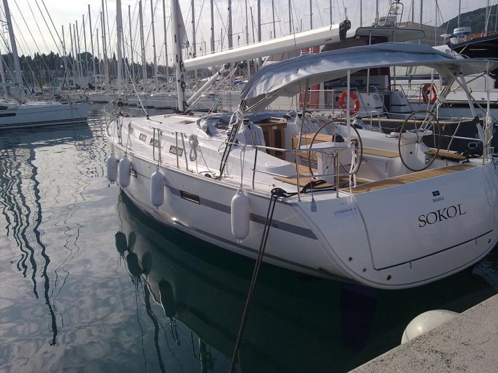 Boat rental Bavaria Cruiser 45 in Trogir on Samboat