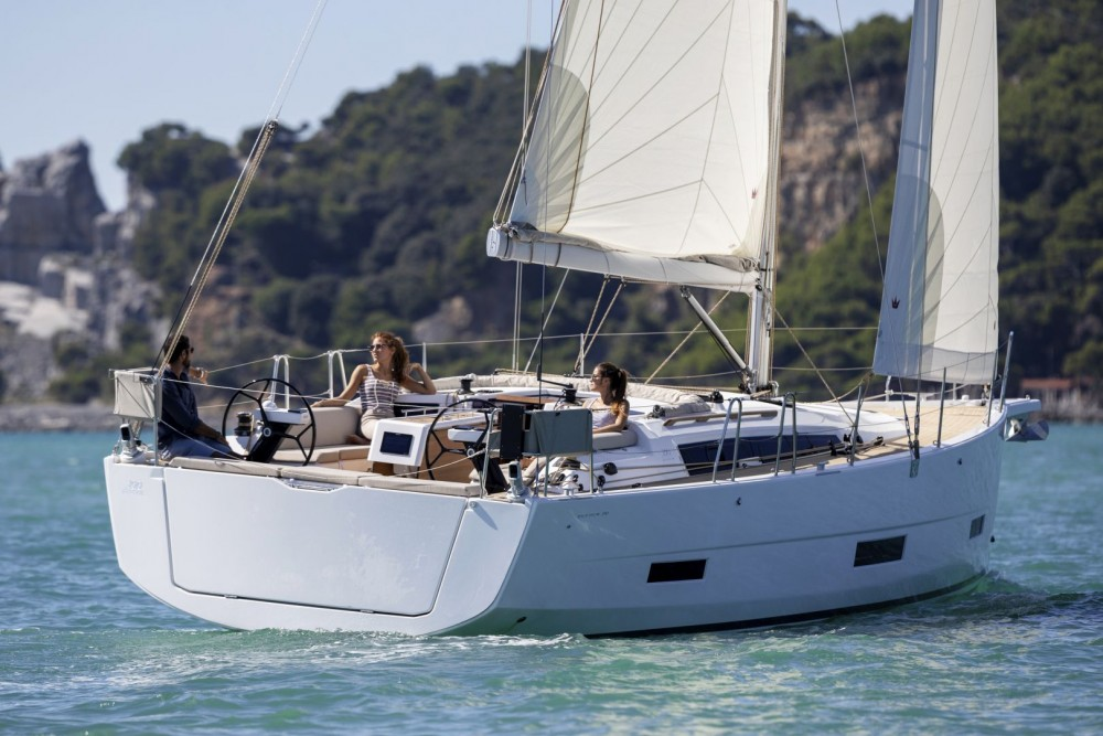 Rental yacht  - Dufour Dufour 390 GL on SamBoat