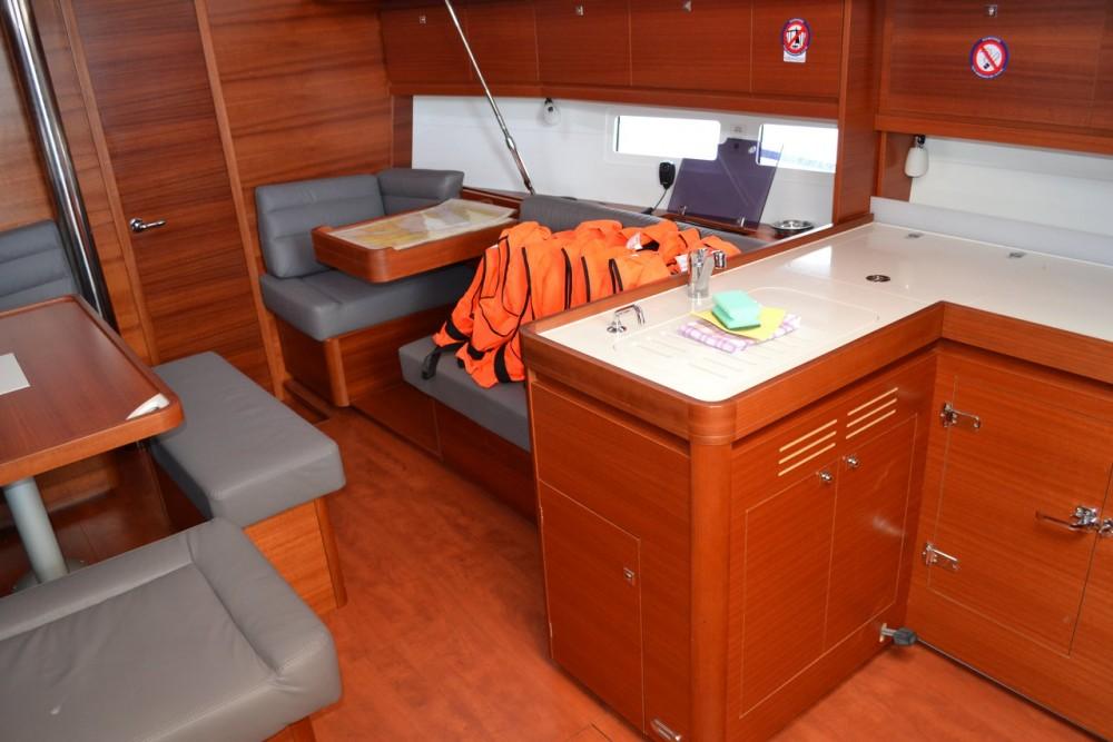 Rental Sailboat in Općina Sukošan - Dufour Dufour 412 Grand Large