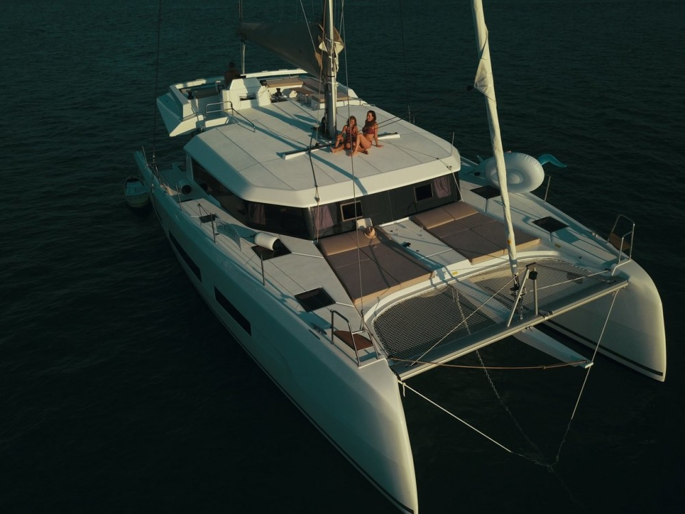 Rental yacht Općina Sukošan - Dufour Dufour 48 Catamaran - 5 + 1 cab. on SamBoat