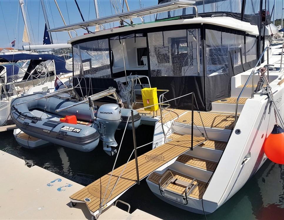 Rental Catamaran in Croatia - Lagoon Lagoon 450 S - 4 + 2 cab.