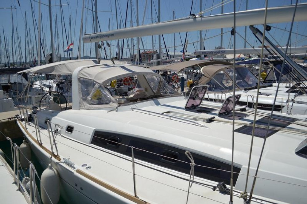 Boat rental Bénéteau Oceanis 50 Family in Općina Sukošan on Samboat