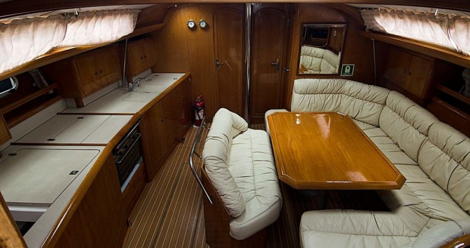 Jeanneau Sun Odyssey 45.2 between personal and professional Alimos