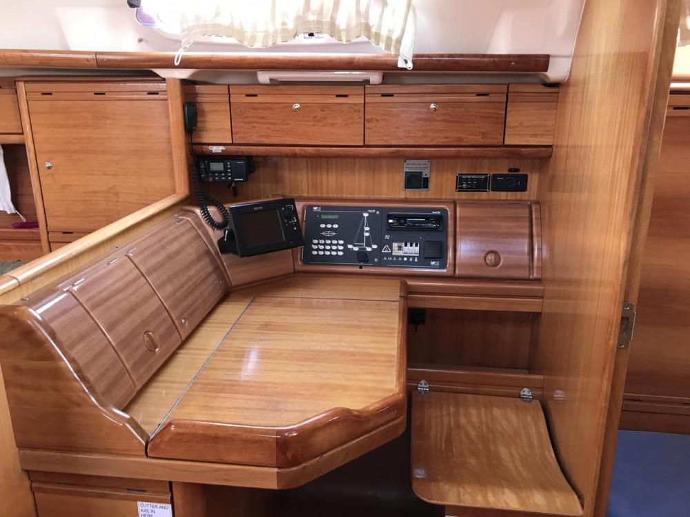 Boat rental Bavaria Cruiser 42 in Primorsko-Goranska Županija on Samboat