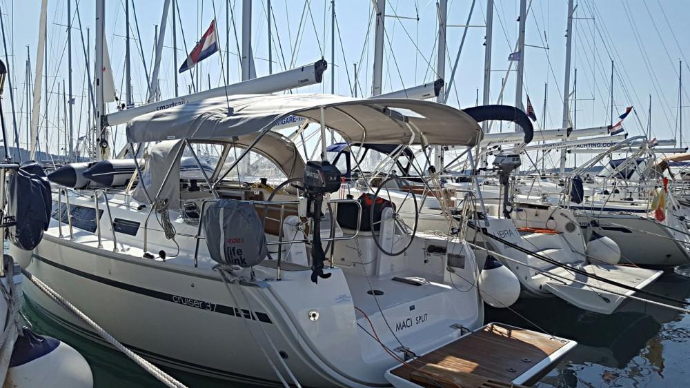 Rent a Bavaria Cruiser 37 Primorsko-Goranska Županija