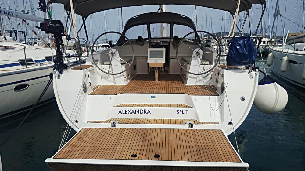 Boat rental Bavaria Cruiser 46 in Primorsko-Goranska Županija on Samboat