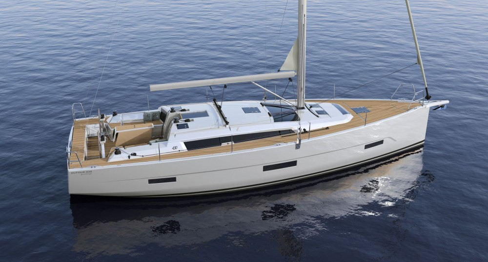 Dufour Dufour 430 GL between personal and professional