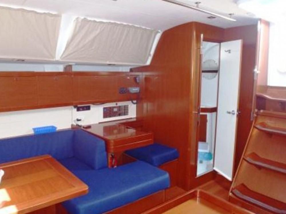 Rental Sailboat in Primorsko-Goranska Županija - Bénéteau Oceanis 50