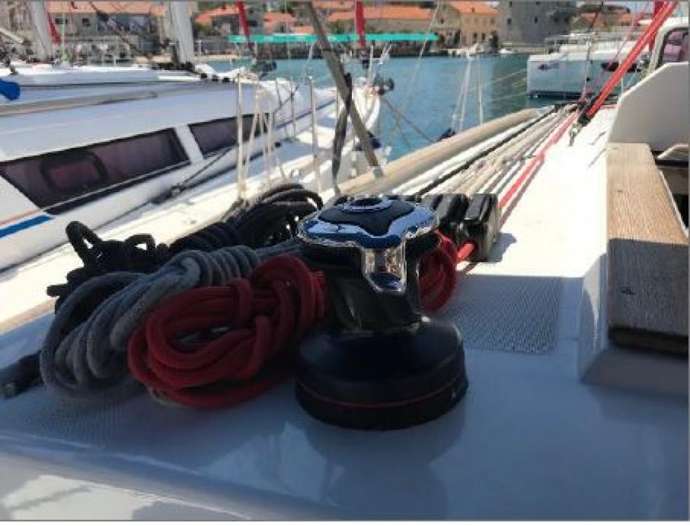 Boat rental Jeanneau Sun Odyssey 33i in Primorsko-Goranska Županija on Samboat