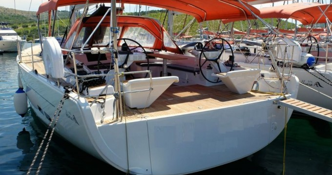 Boat rental Hanse Hanse 575 - 4 + 1 cab. in Kaštela on Samboat