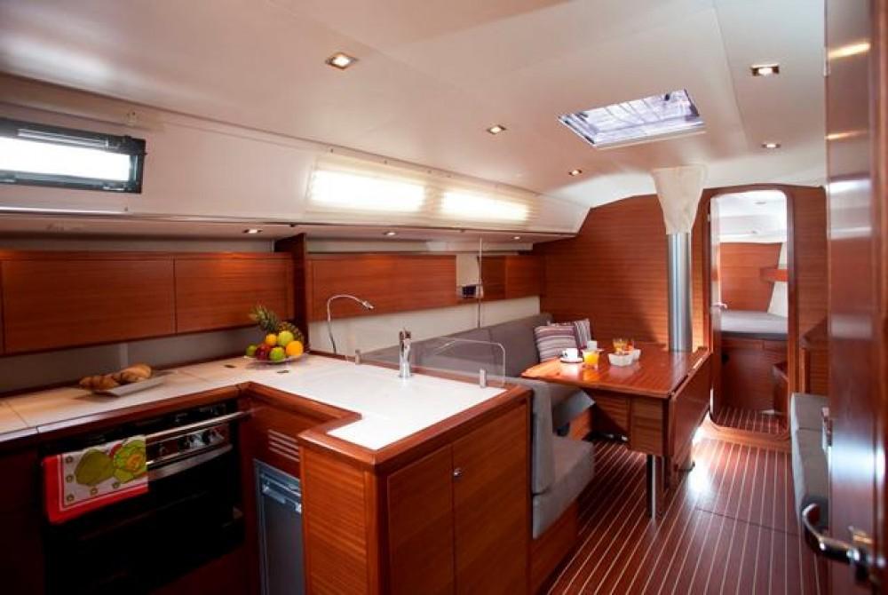 Boat rental Salona Salona 41 in Croatia on Samboat