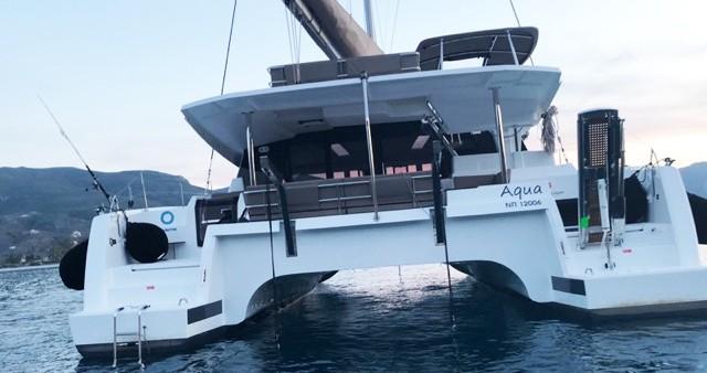 Rental yacht Lávrio - Fountaine Pajot Saona 47 on SamBoat