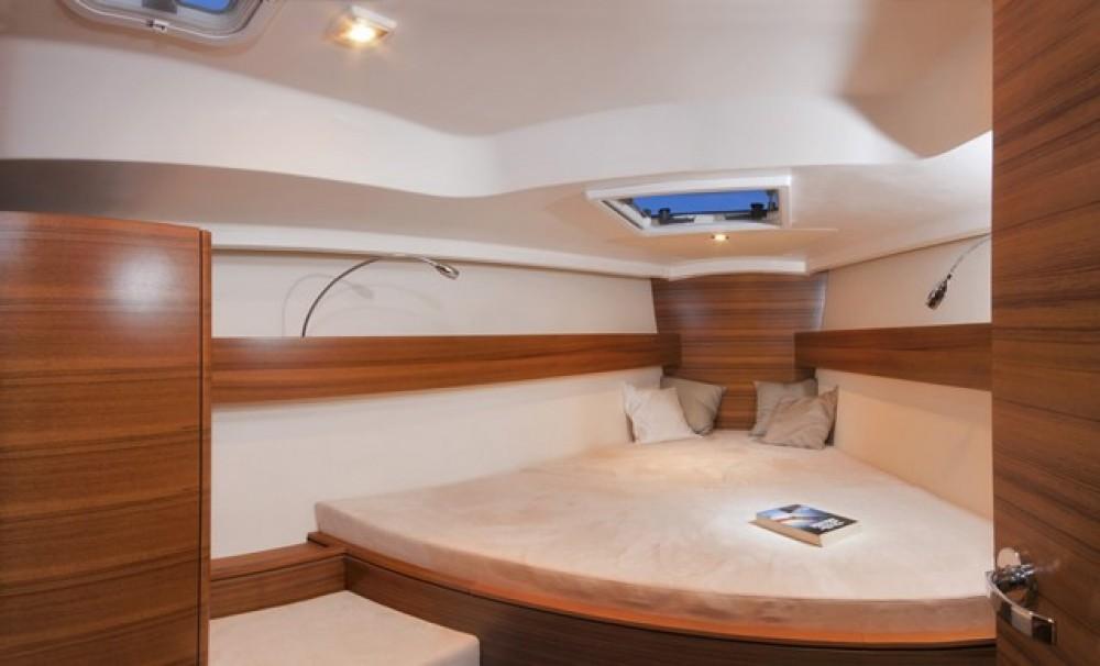 Boat rental Croatia cheap Salona 41