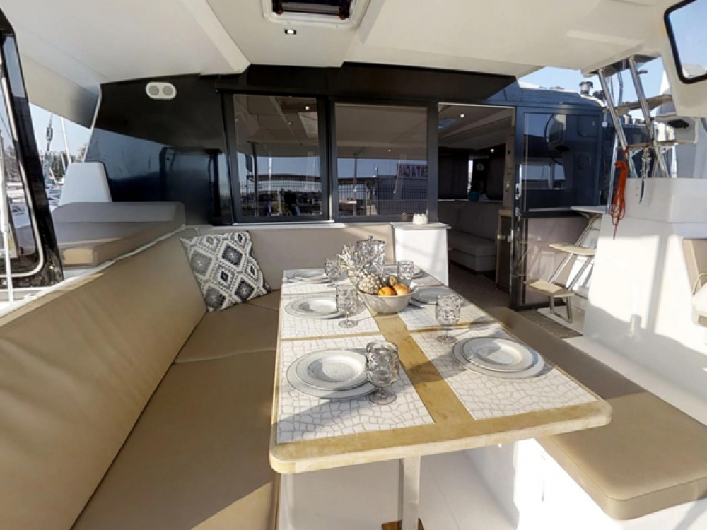 Rental yacht  - Fountaine Pajot Saona 47 on SamBoat