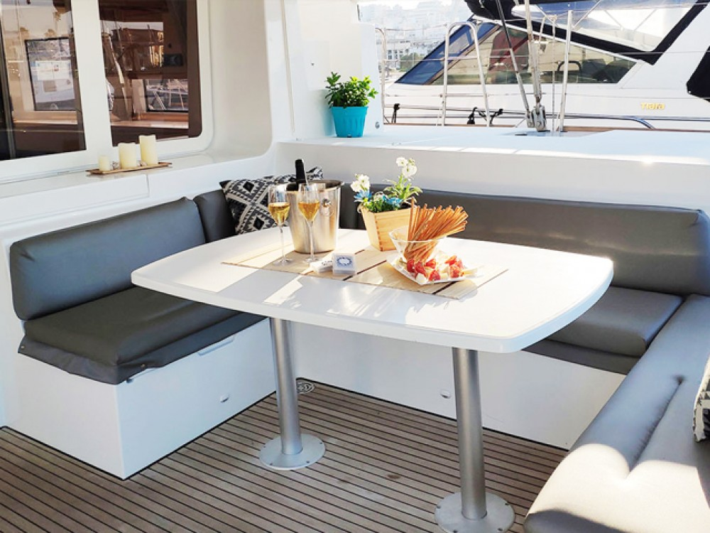 Hire Catamaran with or without skipper Lagoon Peloponnese