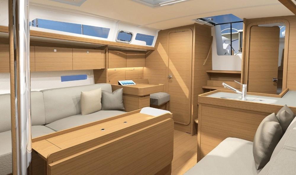 Rental Sailboat in Stockholm - Dufour Dufour 360 Liberty
