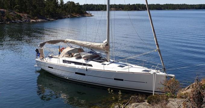 Boat rental Dufour Dufour 460 in Stockholm on Samboat