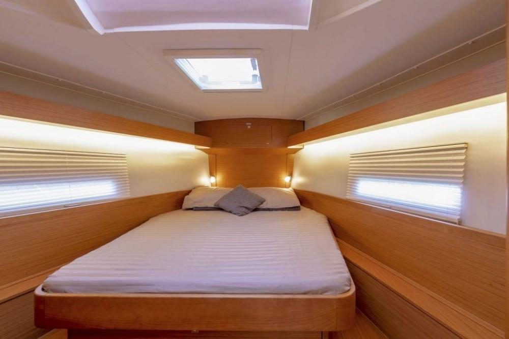 Rent a Dufour-Yacht Dufour 430 Stockholm