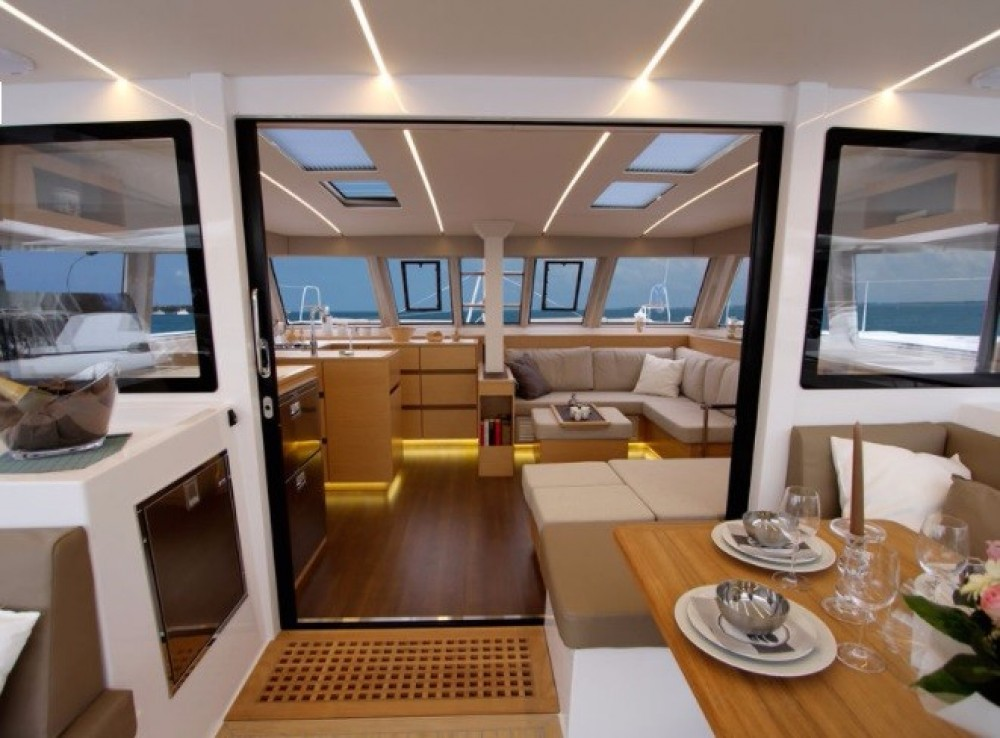 Hire Catamaran with or without skipper Bavaria New Providence