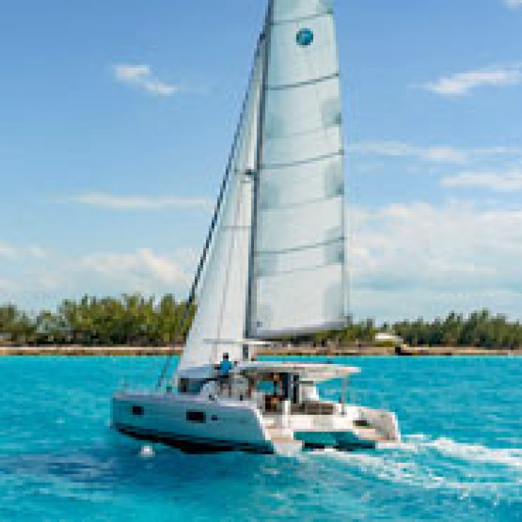Hire Catamaran with or without skipper Lagoon Jolly Harbour