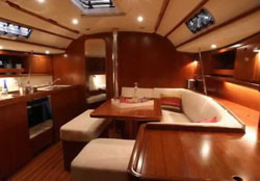 Rental yacht Jolly Harbour - Dufour Dufour 385 on SamBoat