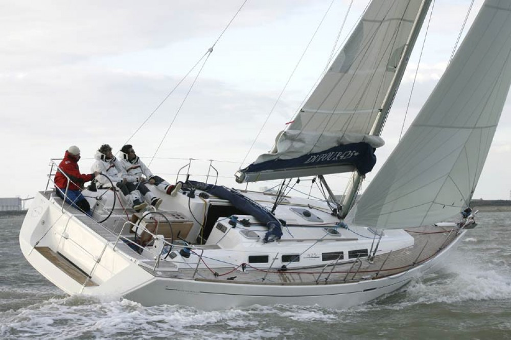 Boat rental Jolly Harbour cheap Dufour 425 Grand Large
