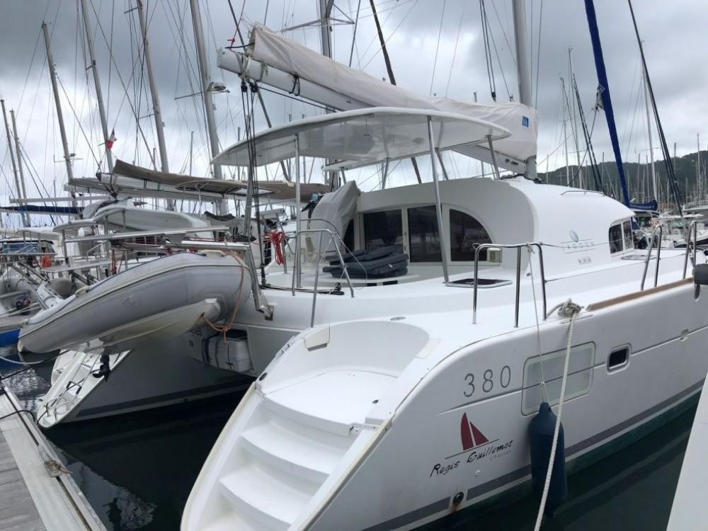 Rental yacht Placencia - Lagoon Lagoon 380 on SamBoat