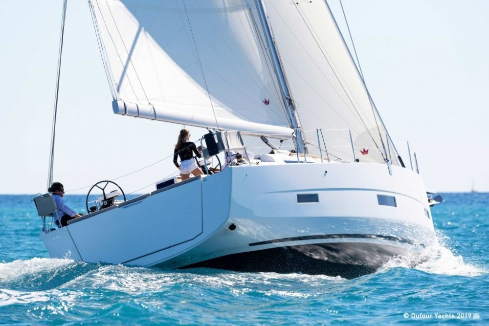 Dufour-Yacht Dufour 430 between personal and professional Road Town