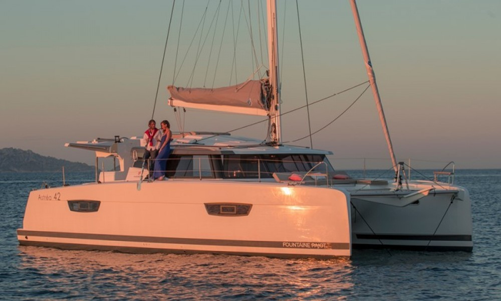 Boat rental Fountaine Pajot Astrea 42 in Road Town on Samboat