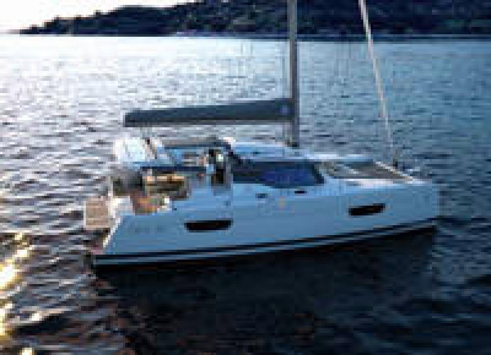 Boat rental Saint-Georges cheap Astrea 42