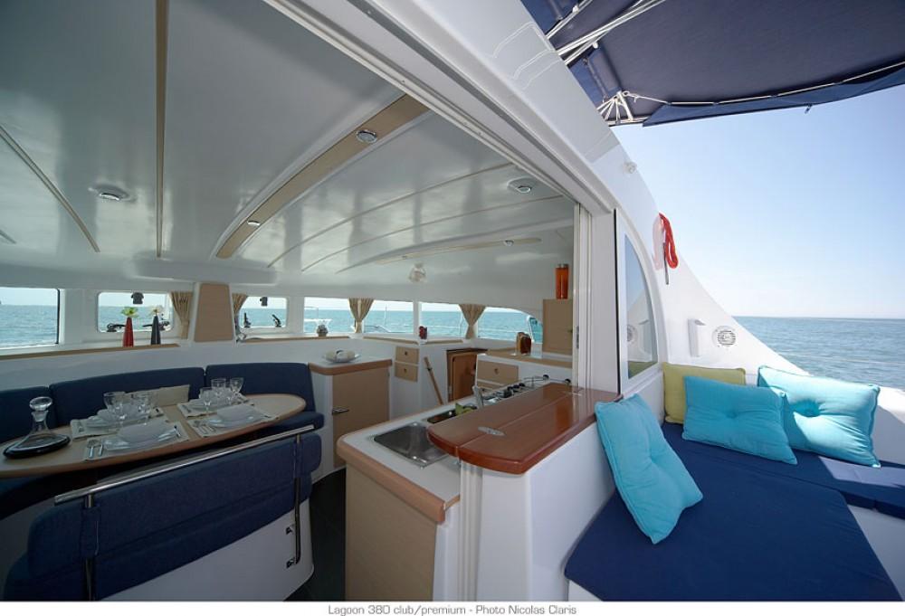Rental yacht St. George's - Lagoon Lagoon 380 on SamBoat