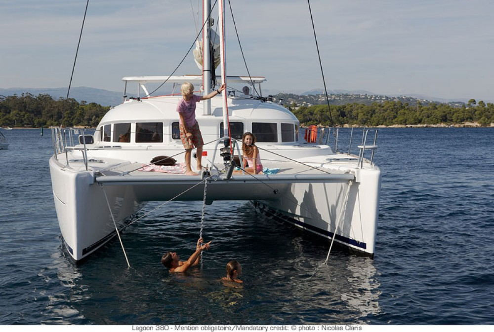 Hire Catamaran with or without skipper Lagoon St. George's