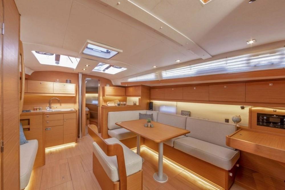Rental yacht Pointe-à-Pitre - Dufour-Yacht Dufour 430 on SamBoat