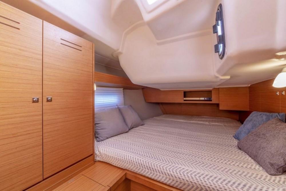 Boat rental Pointe-à-Pitre cheap Dufour 430