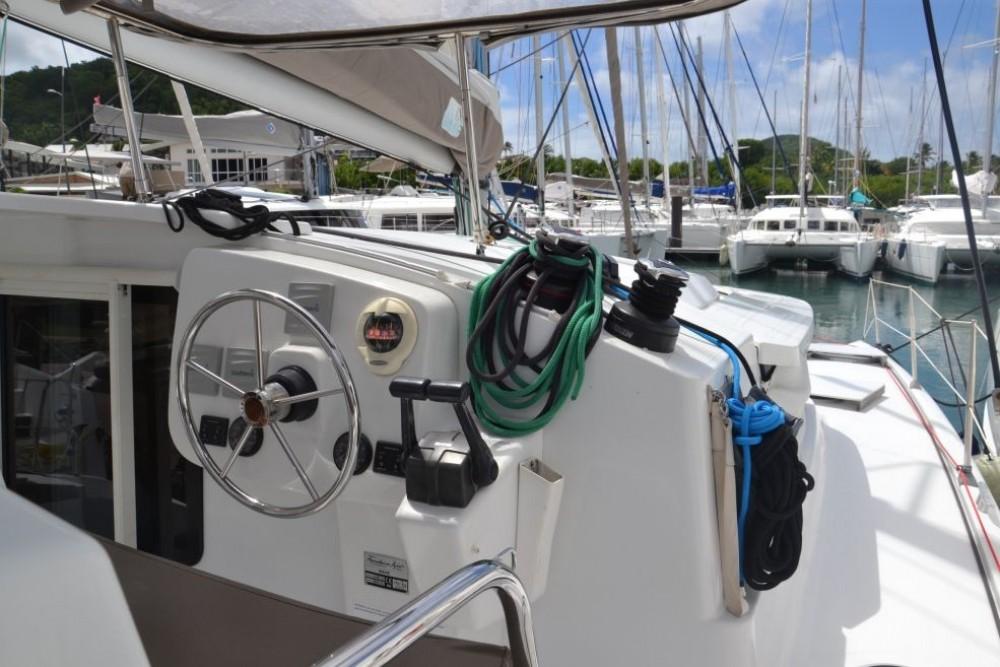 Rental yacht Pointe-à-Pitre - Fountaine Pajot Mahe 36 Evolution on SamBoat
