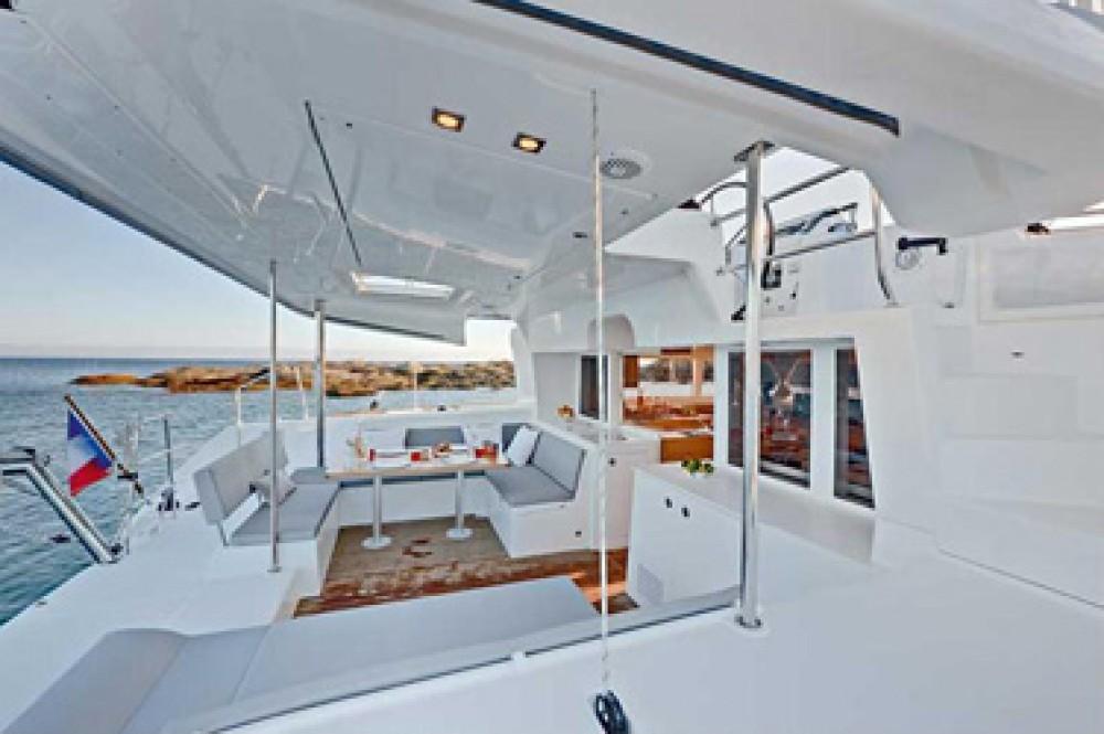 Rental Catamaran in Martinique - Lagoon Lagoon 450