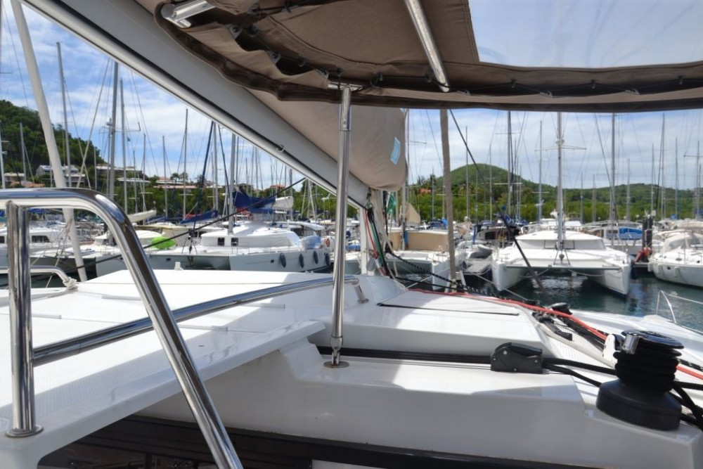 Rental Catamaran in Martinique - Fountaine Pajot Helia 44