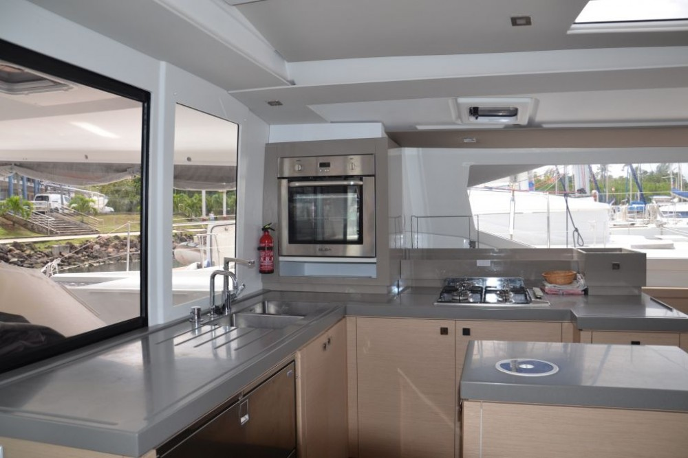 Fountaine Pajot Saona 47 between personal and professional Martinique