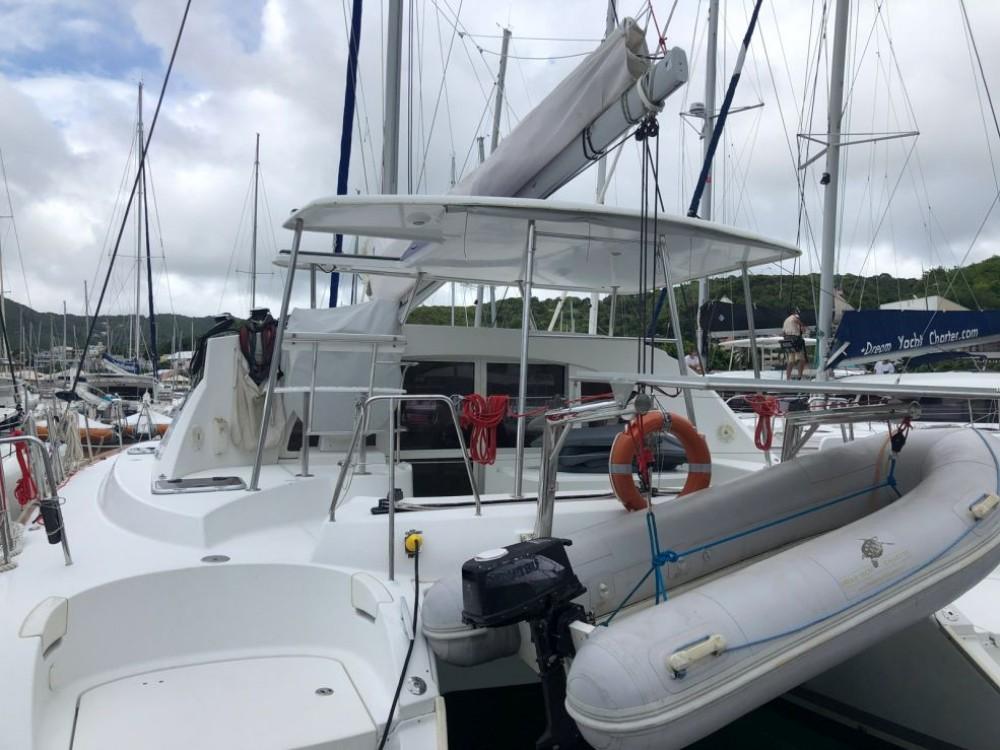 Rental yacht Martinique - Lagoon Lagoon 380 on SamBoat